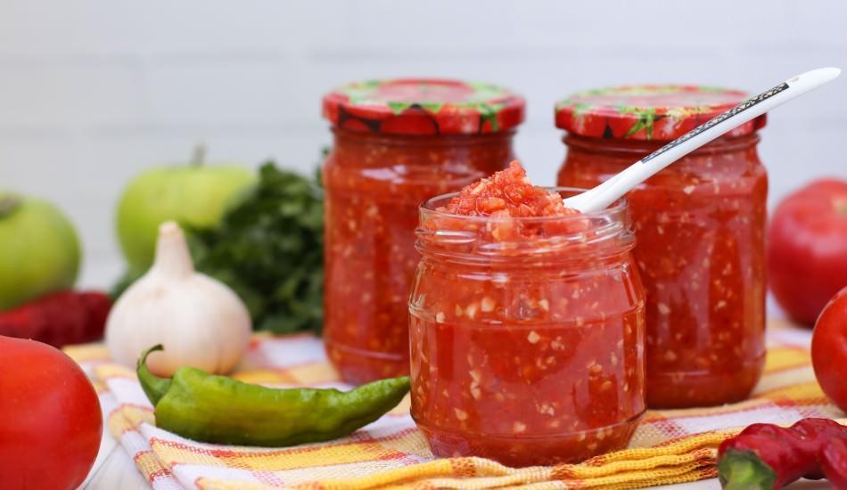 Evde domates konservesi nasıl yapılır? Konserve menemen tarifi