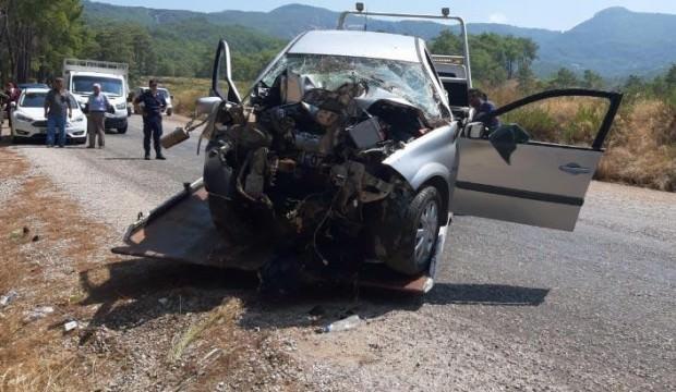 Korkunç kaza! Araçtan sağ çıkamadı