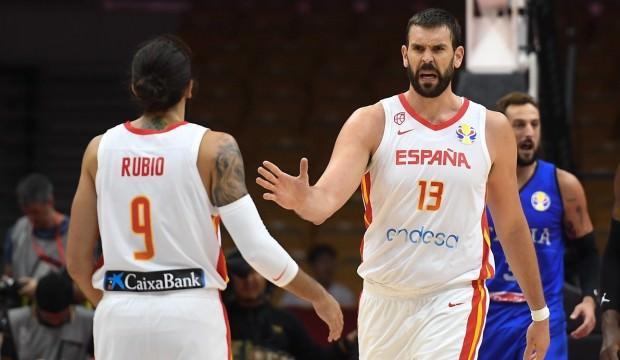 Sırbistan ve İspanya dolu dizgin!