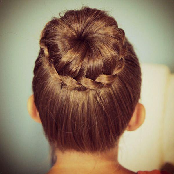 Çocuklar için topuz saç modeli