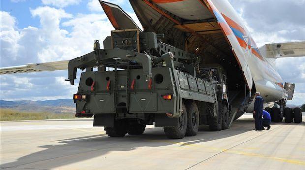 Mürted'deki S-400 sevkiyatından görüntü