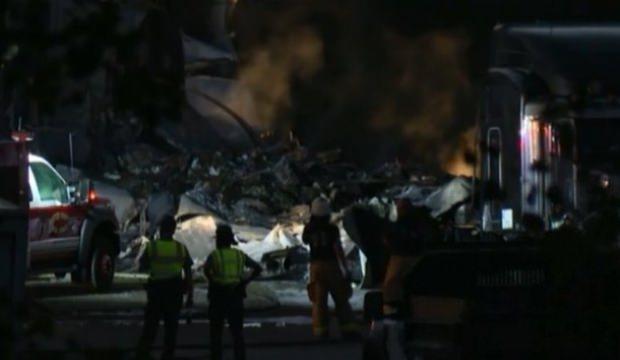 ABD'de kargo uçağı düştü! 2 ölü