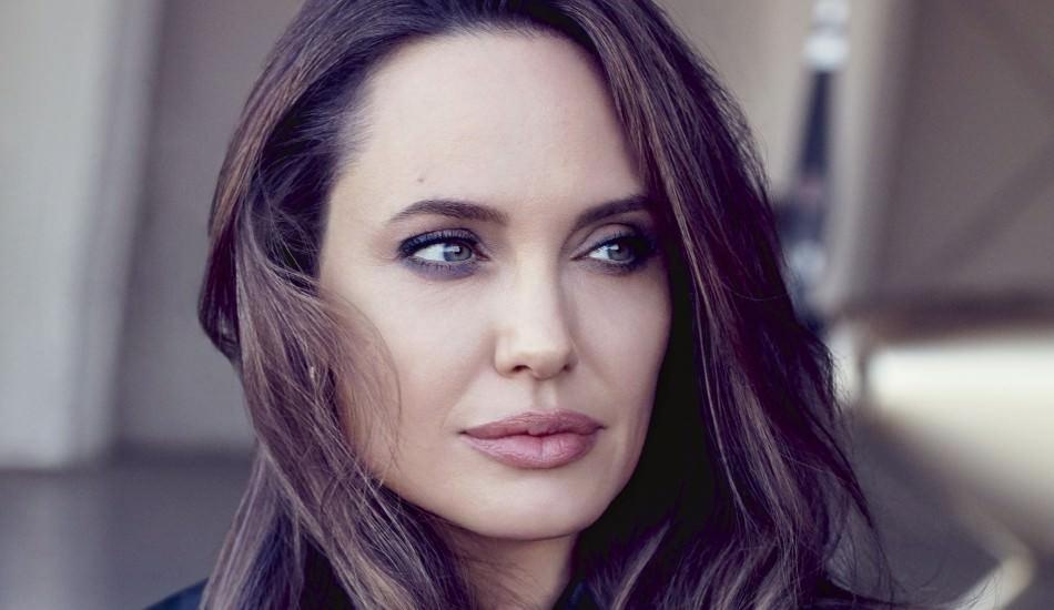 Angelina Jolie'den yedinci çocuk kararı!