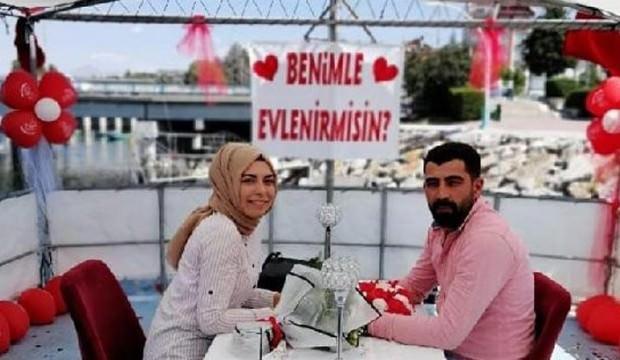 Genç kız sürpriz evlilik teklifinden sonra kalp krizinden öldü!