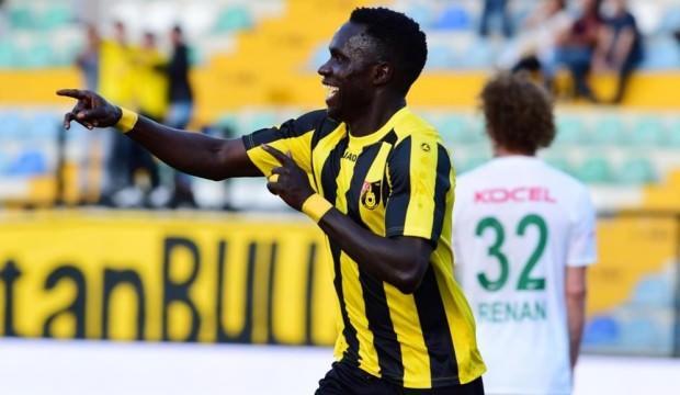 İstanbulspor ilk galibiyetini aldı