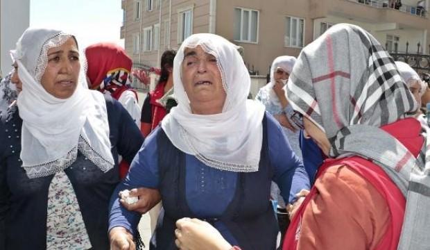 Kulp'ta şehit olan işçilerden 4'ü son yolculuklarına uğurlandı