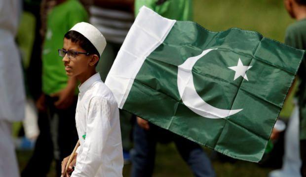 Pakistan'dan Keşmir açıklaması! Gezegenin en büyük hapishanesi