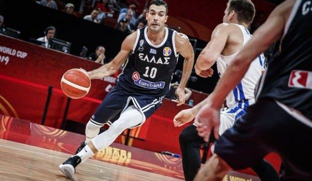 Sloukas'lı Yunanistan Çekya'yı devirdi!