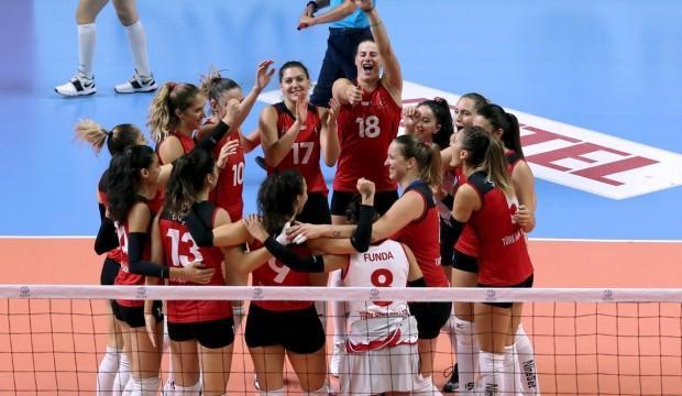Balkan Kupası, THY Kadın Voleybol Takımı'nın!