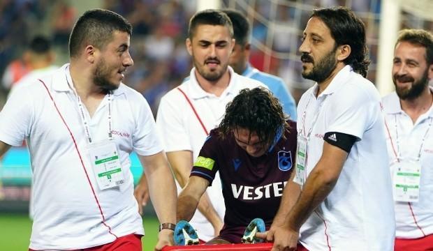 Trabzonspor'da iki isim bıçak altına yatıyor