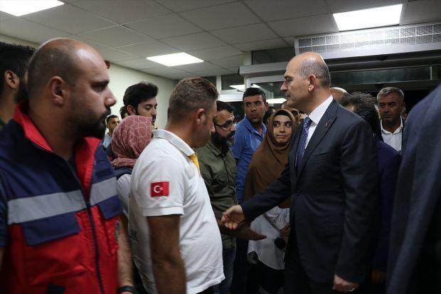 Kulp'taki hain saldırı sonrası Bakan Soylu yaralıları ziyaret etti