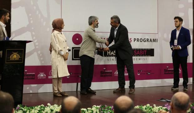 """""""Hassan Bin Sabit Sinema Akademisi"""" öğrencilerine sertifika"""