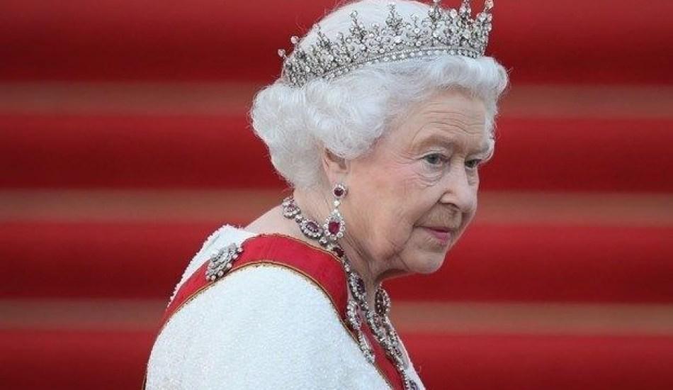 Kraliçe 2'nci Elizabeth tamirciye çay ikram etti!