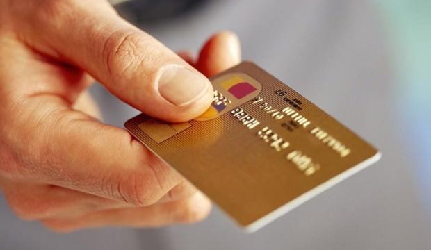Her 10 kartlı ödemeden biri temassız