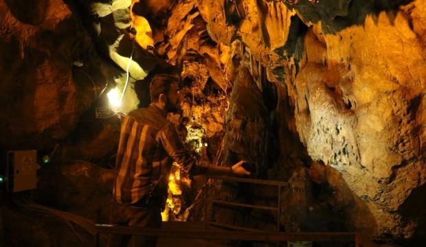 'Pes' dedirten olay! 3 bin yıllık mağarayı bu hale getirdiler