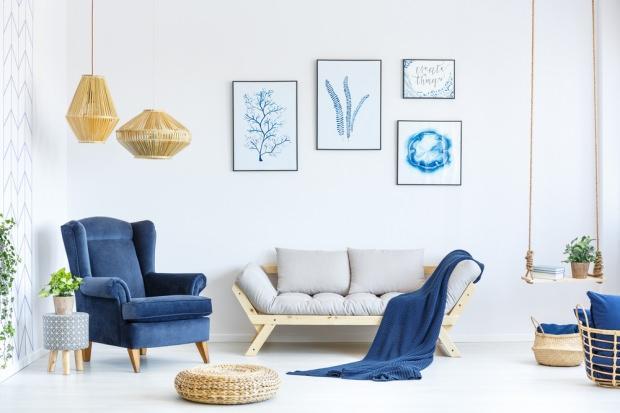 lacivert oturma odası dekorasyonu