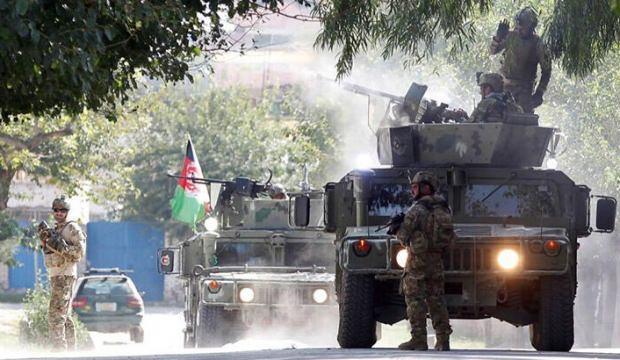 Afganistan'da bomba yüklü araçla saldırı: 5 ölü