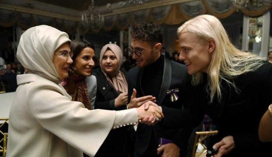 Emine Erdoğan, New York'ta Fashion Design defilesine gitti