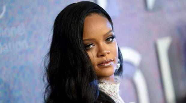 Rihanna Trump'a akıl hastası dedi