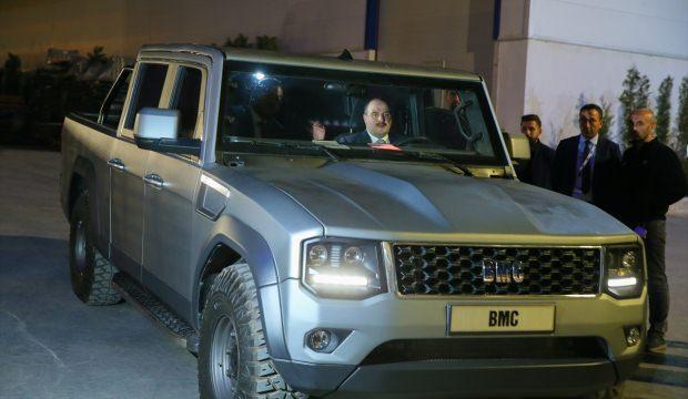 Bakan Varank BMC'nin tesislerini ziyaret etti