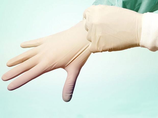 ameliyat eldiveniyle tüy alma