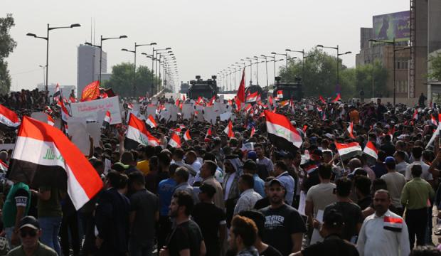 Irak'ta hükümet protesto edildi!
