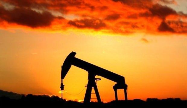 İran'ın en büyük petrol rafinerisinde yangın!