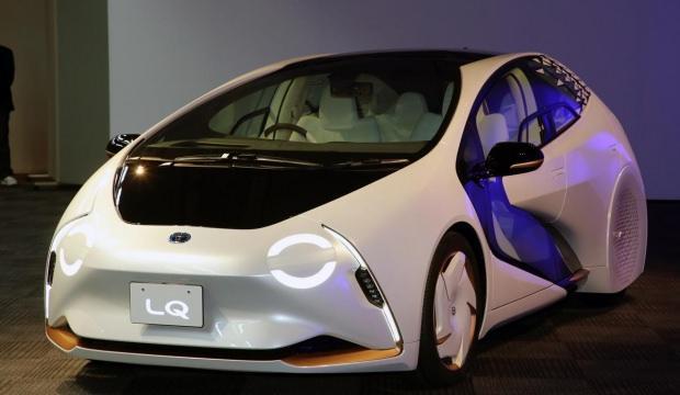 """Toyota yeni """"LQ"""" konsepti ile sınırları aştı"""