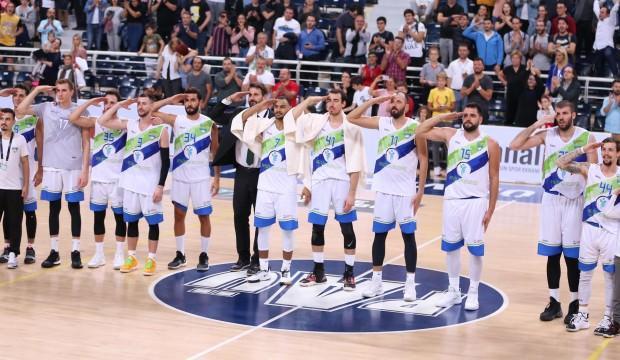 Yabancı oyunculardan Mehmetçiğe selam