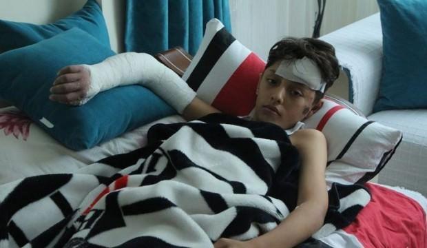 Merdivenlerden düşüp yaralanan Emir: Park istiyoruz