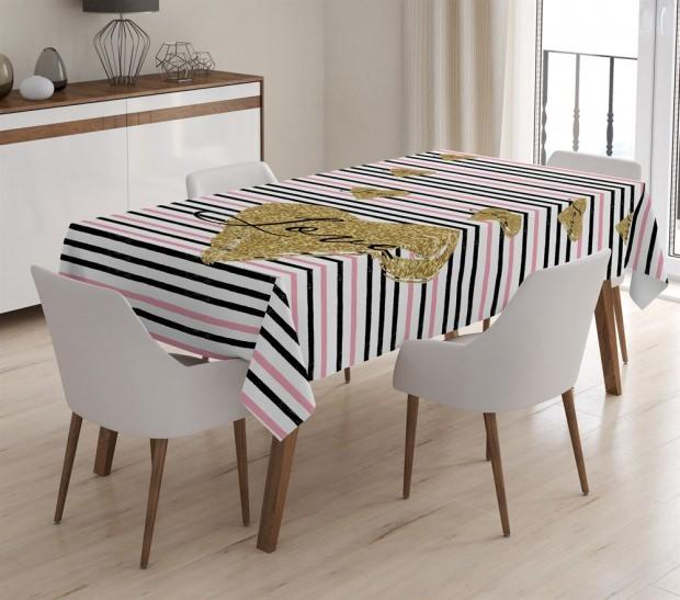 Masa örtüsü kumaş tasarımı