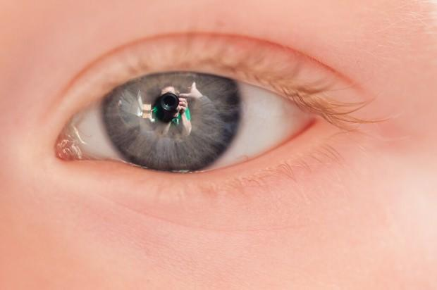 Bebeklerde göz rengi nasıl oluşur