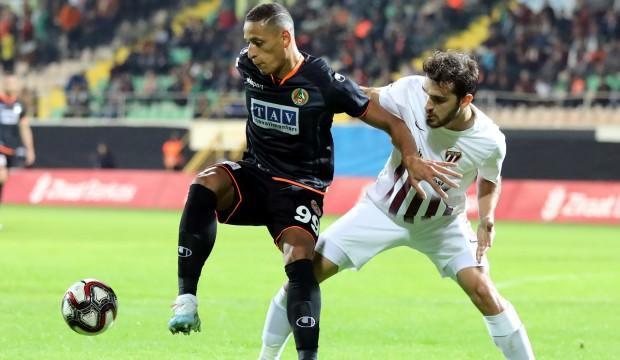 Süper Lig lideri Alanyaspor kupada da durmuyor