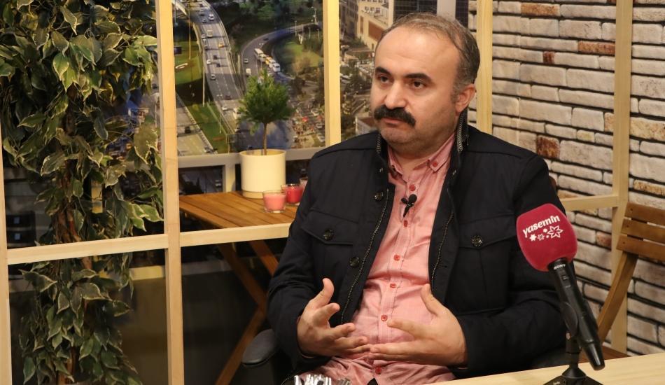 Ziyafet Sofrası oyununun yönetmeni Osman Doğan merak edilen soruları yanıtladı