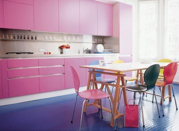 pembe mavi mutfak dekorasyonu