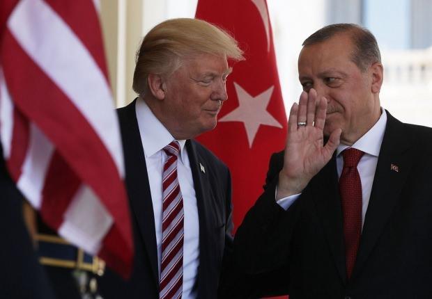 Cumhurbaşkanı Erdoğan'ın ABD'de Trump ile gerçekleştirdiği görüşmeden bir kare...