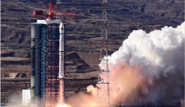 Çin, 3 boyutlu kameraya sahip yeni uydu gönderdi