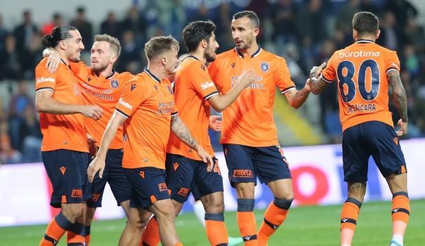 Enzo Crivelli atıyor Başakşehir kazanıyor!