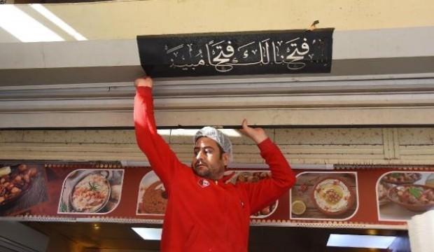 İzmir'de Arapça tabelalar indirildi