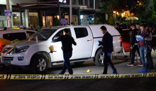 Kamyonetin çarptığı mahalle bekçisi ağır yaralandı