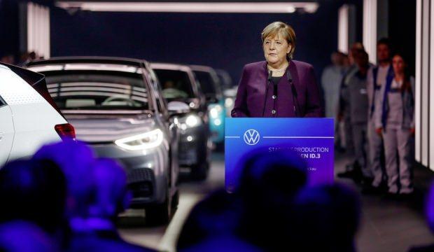 Volkswagen tarihinde bir ilk! Merkel de oradaydı