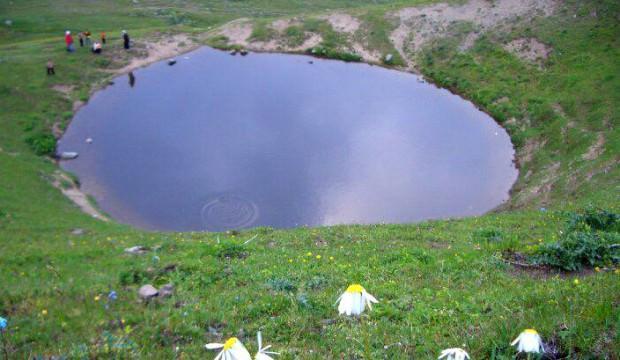 12 bin yıllık Dipsiz Göl için şoke eden talep