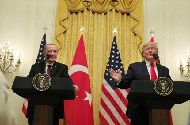 Trump ve Erdoğan'ın Beyaz Saray'da düzenlediği ortak basın toplantısından bir kare...