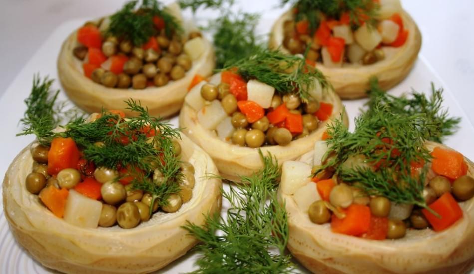 Zeytinyağlı enginar yemeği nasıl yapılır?