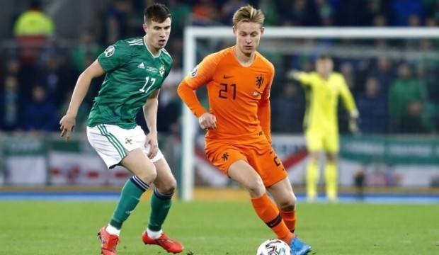 Hollanda'ya 1 puan yetti!