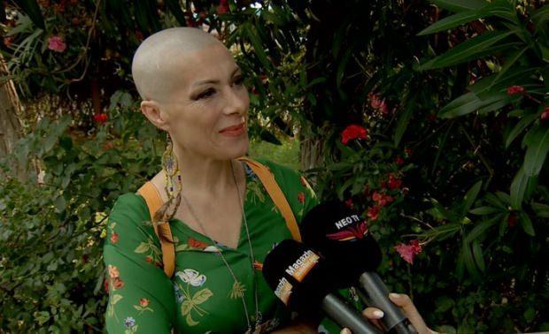 kanser tedavisi gördüğü sırada gülay