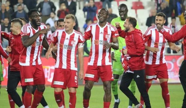 Sivasspor 10 sezon sonra aynı yerde!