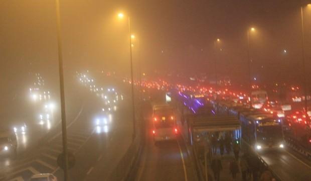 İstanbul'da yoğun sis etkili oldu!