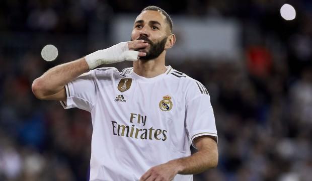 Benzema'ya bir şok da Cezayir'den!