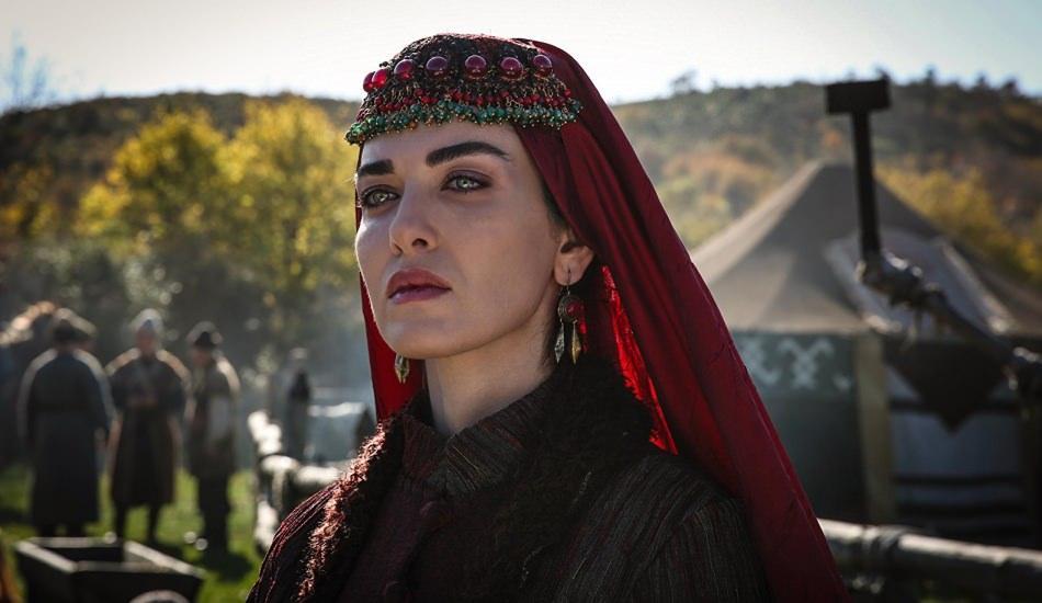 Kuzey Yıldızı İlk Aşk dizisinde oynayan Aslıhan Güner imajını değiştirdi!